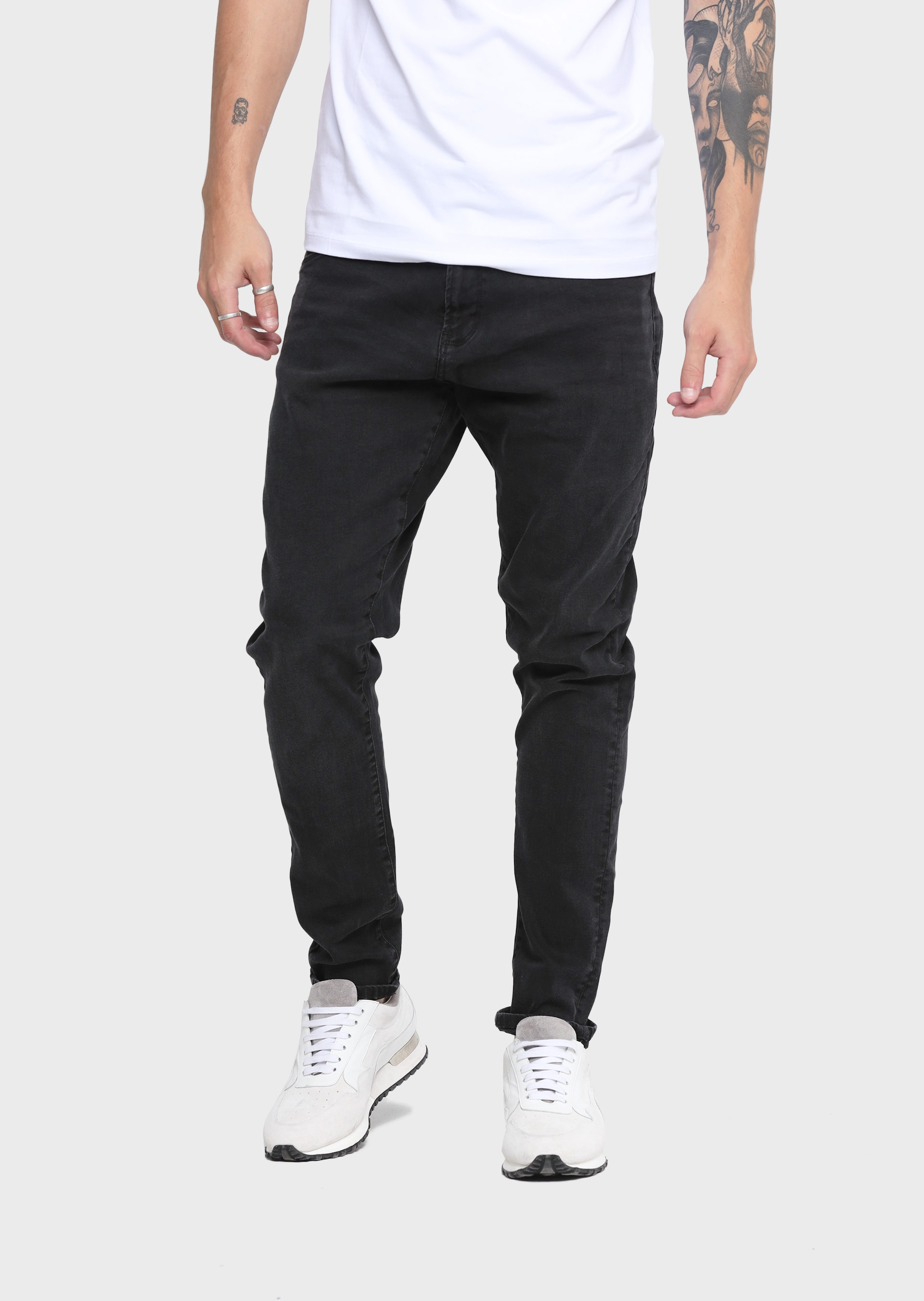 Major LAK 409 Tapered Fit Jeans second_image