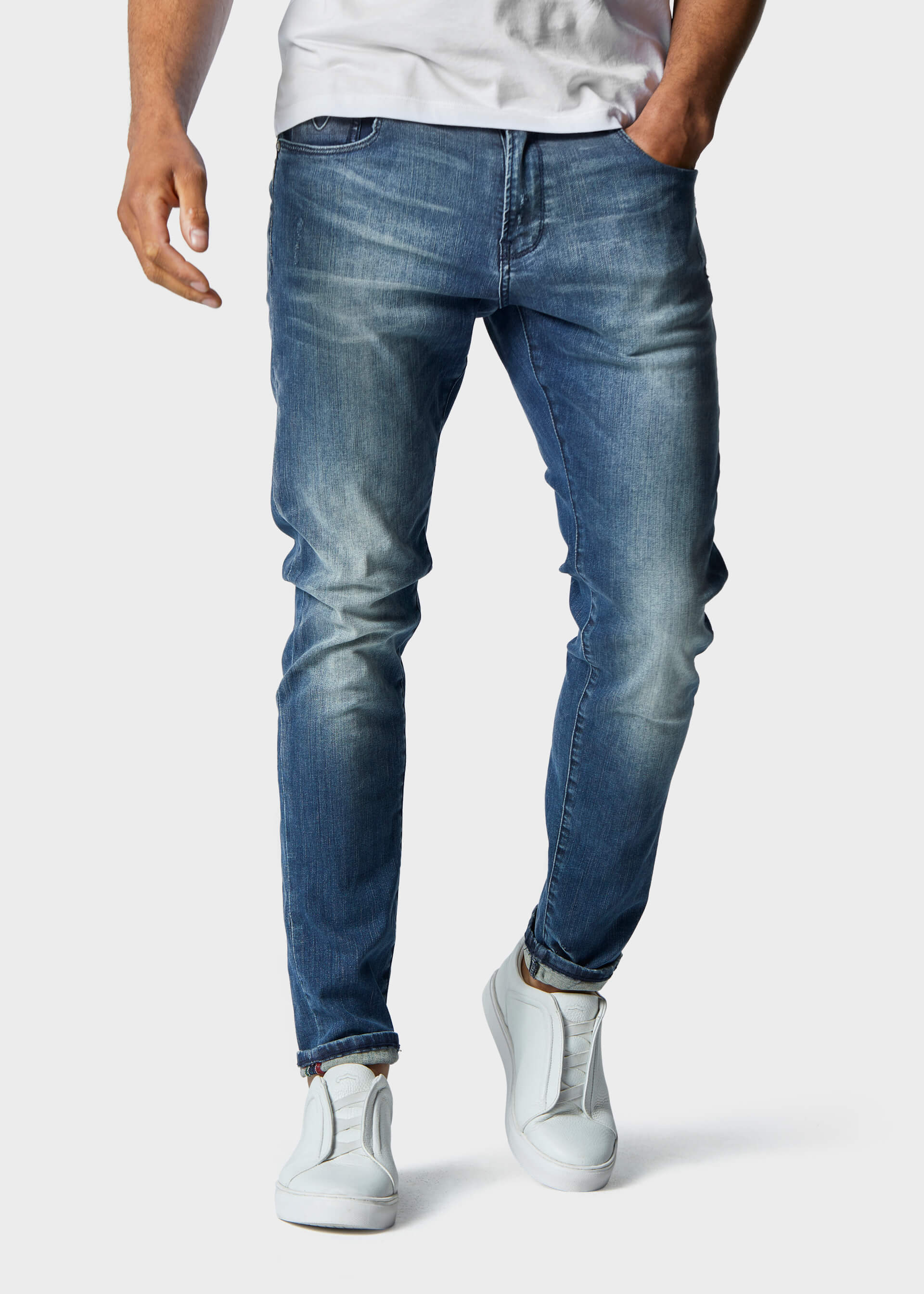 Moriarty Lak 537 Activeflex Super Stretch Mid Wash Jeans second_image
