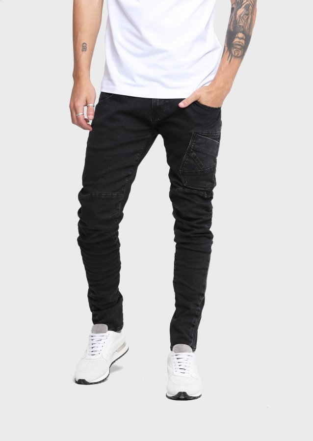 Hazard AIV 619 Engineered Fit Jeans