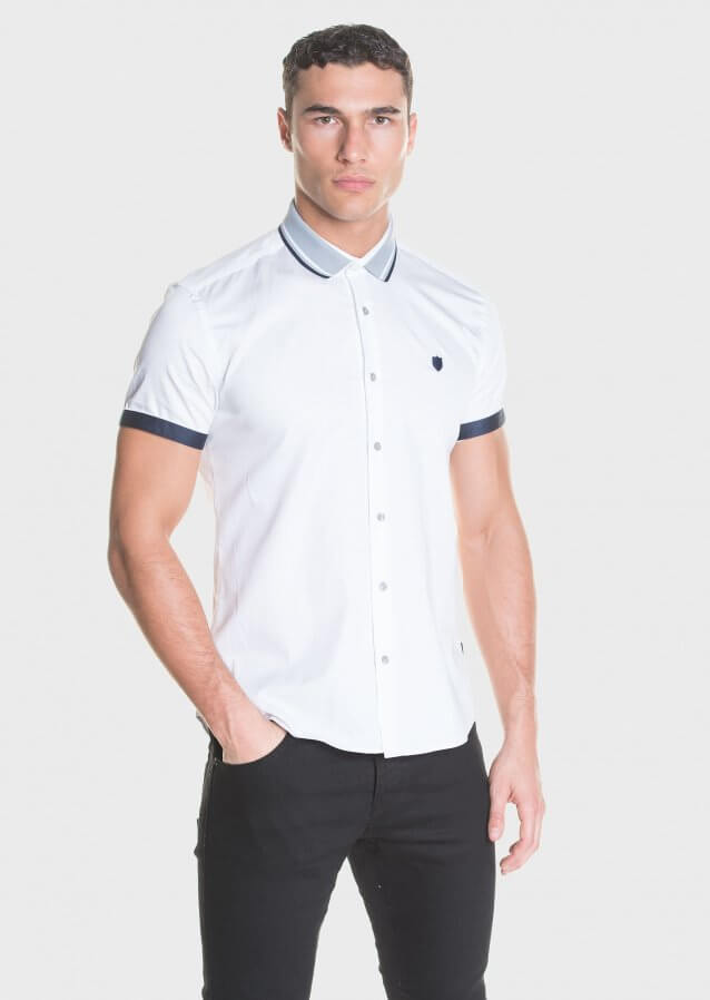 Short sleeve casual shirt with knitted collar