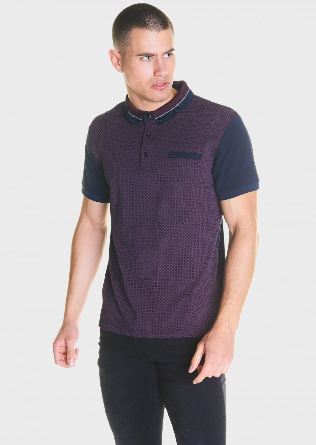 Knitted collar polo shirt